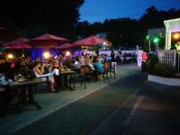 La-Lanterna-outdoor-seating