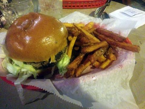 little-b's-burger